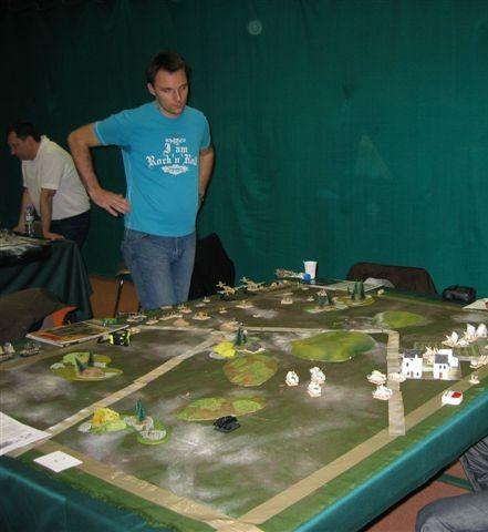 Voici une table Flames of War!!!!!
